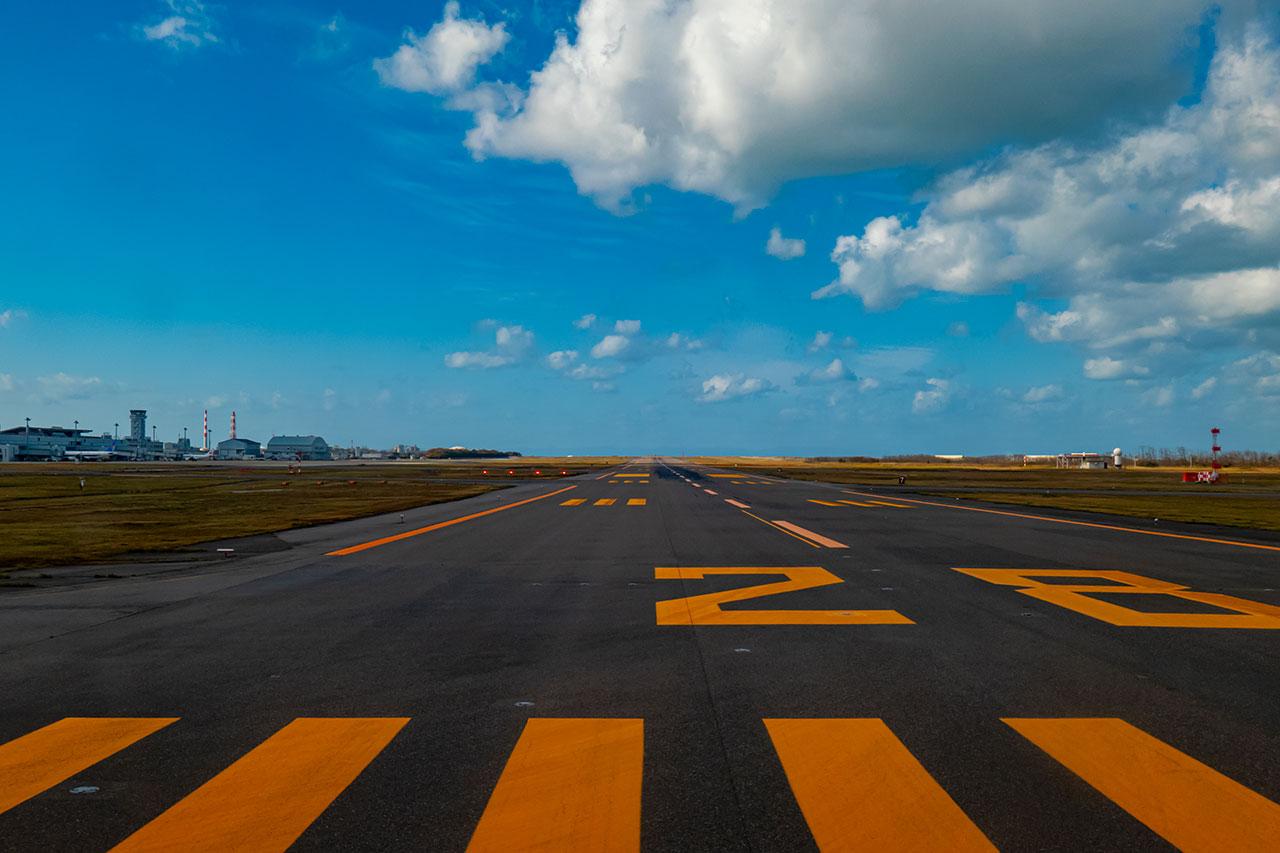 新潟空港 滑走路