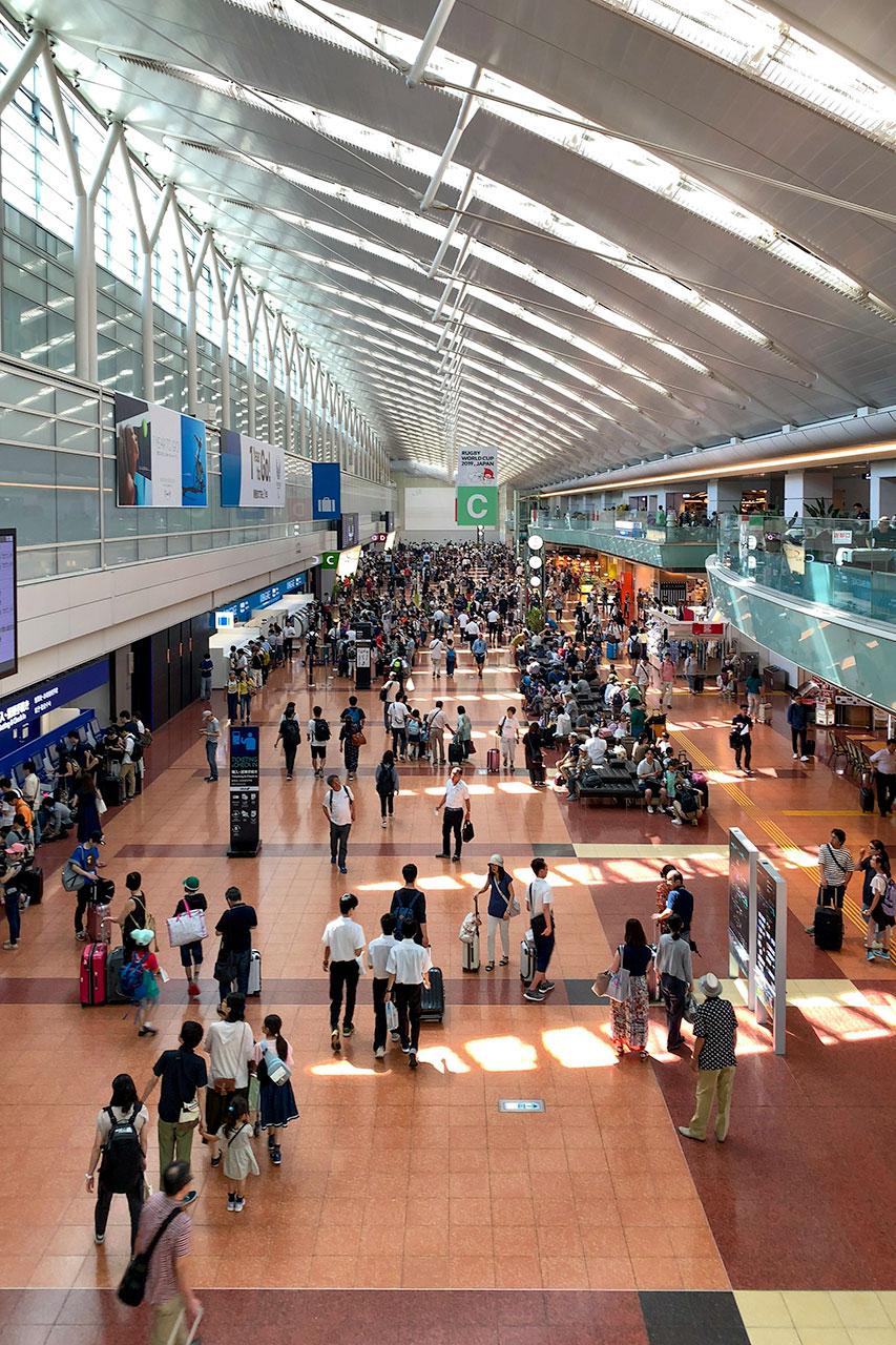 羽田空港第二ターミナル出発フロア