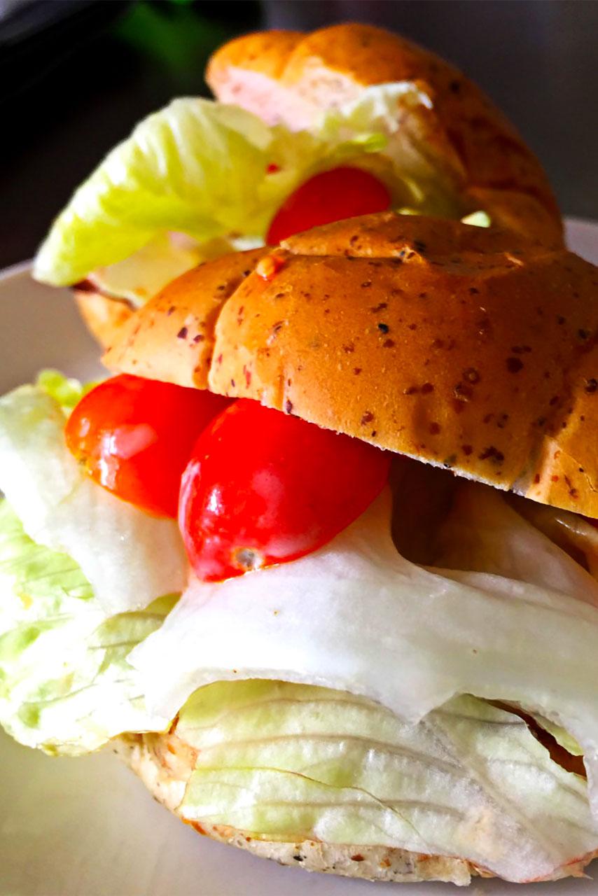 BLTサンド ~定番料理で野菜もたくさん食べましょう~