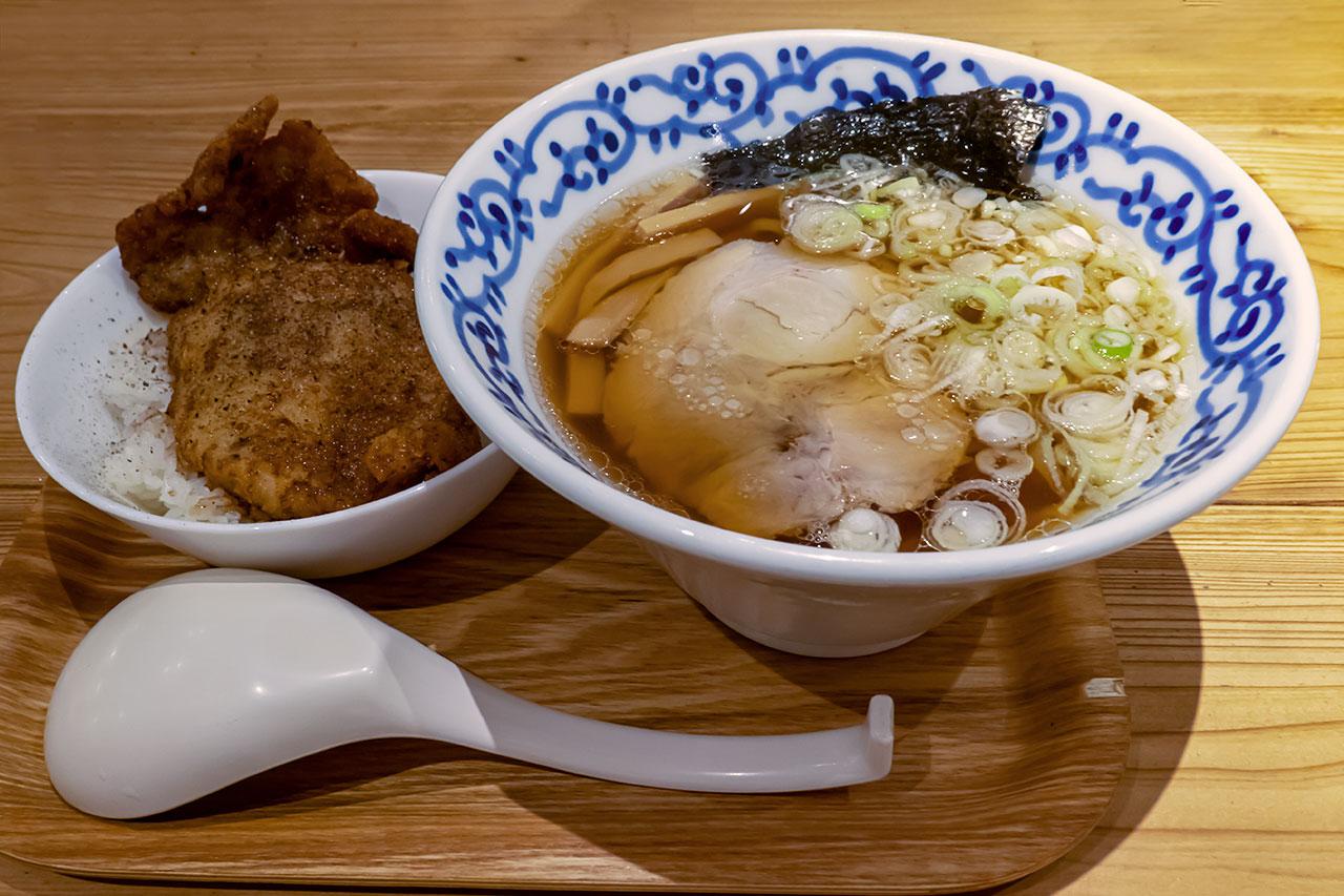 醤油ラーメン ソースカツ丼セット