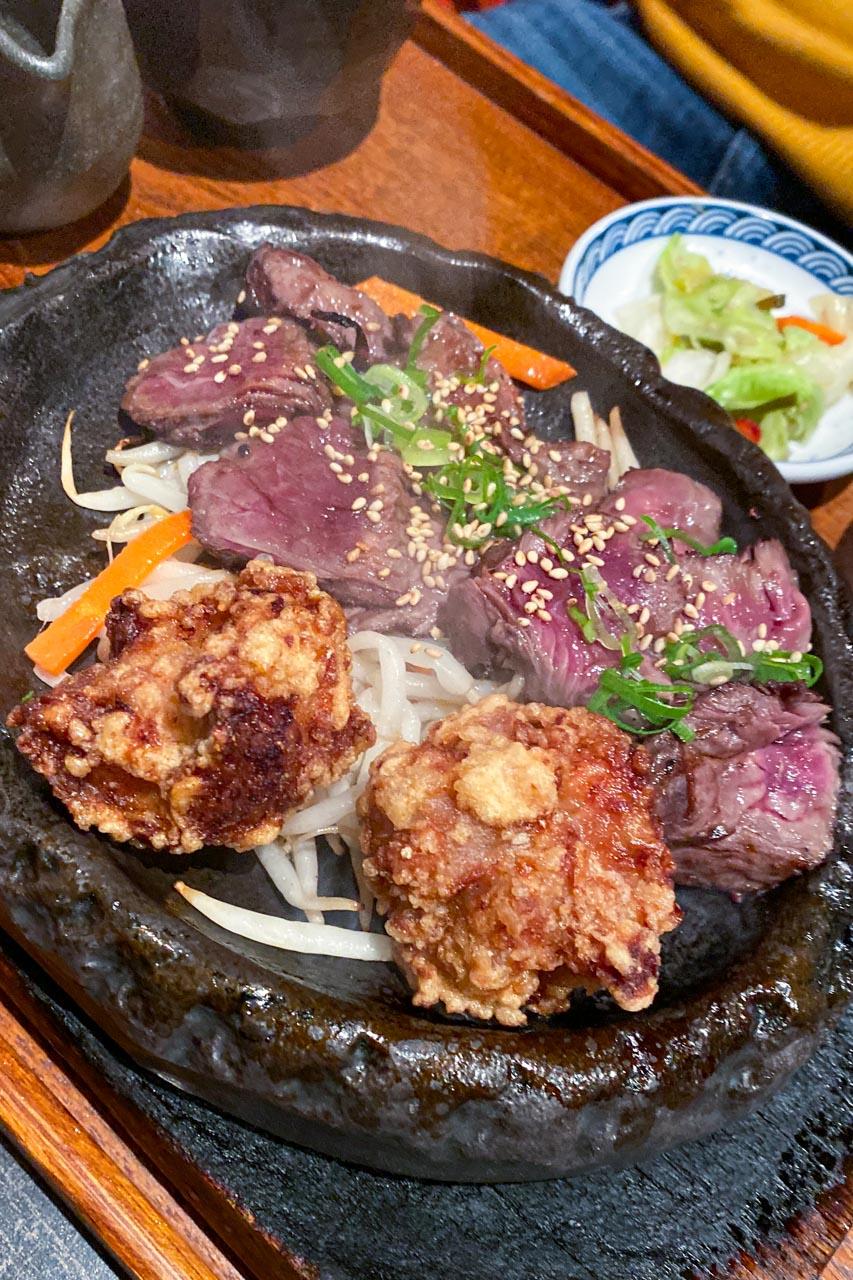 牛ハラミステーキ・鶏唐揚げ定食