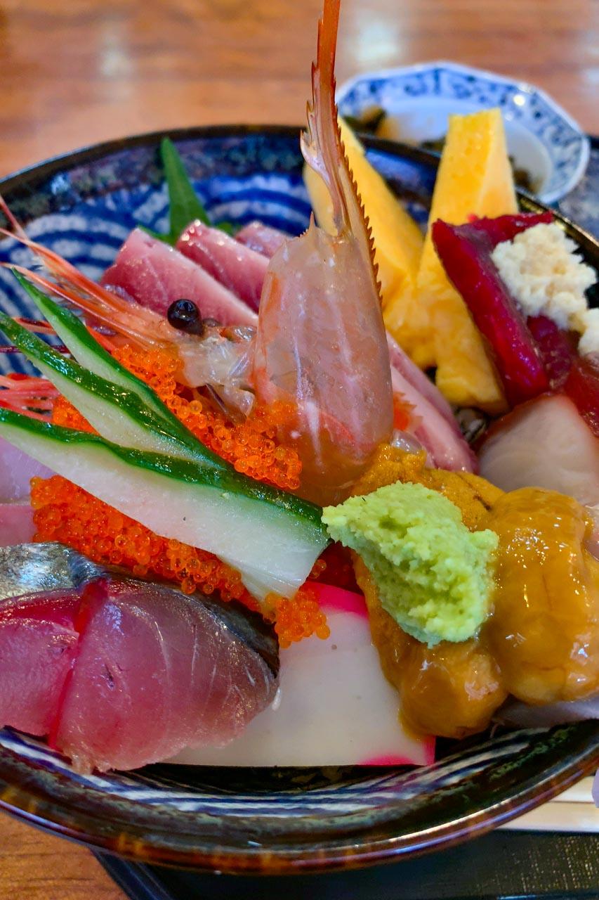 海鮮丼(上) アップ