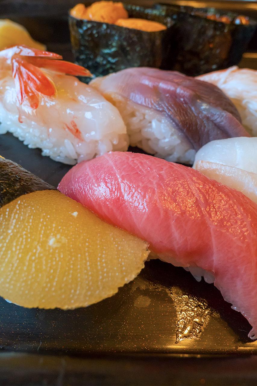 北海道でリーズナブルに寿司を食べる方法