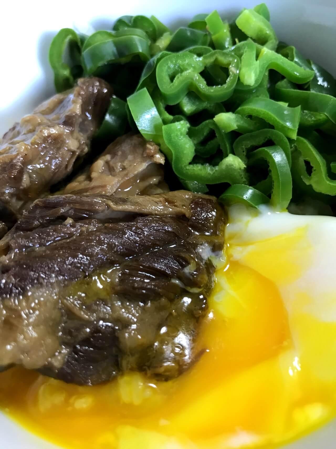 家族で豚角煮丼煮卵を添えて ~東坡肉を使います~