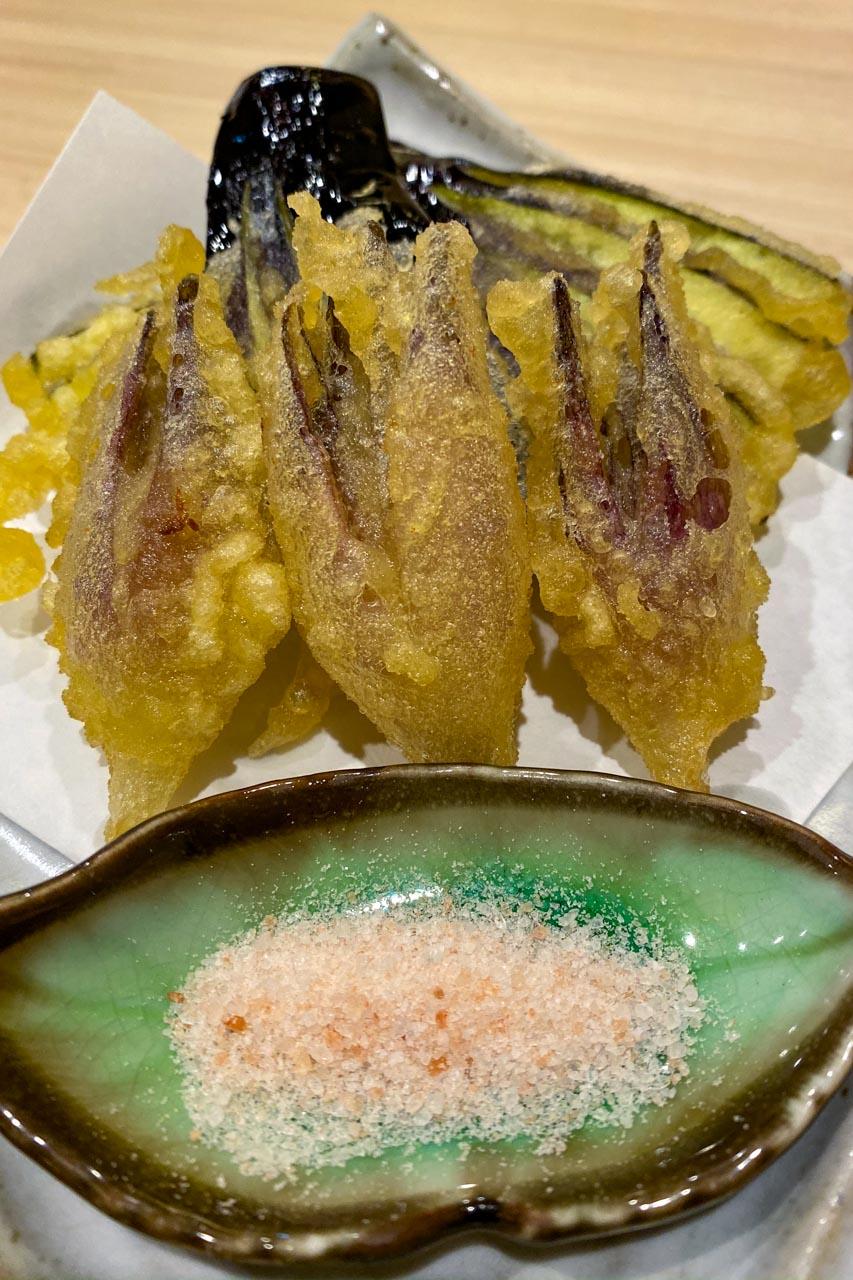 ミョウガとナスの天ぷら