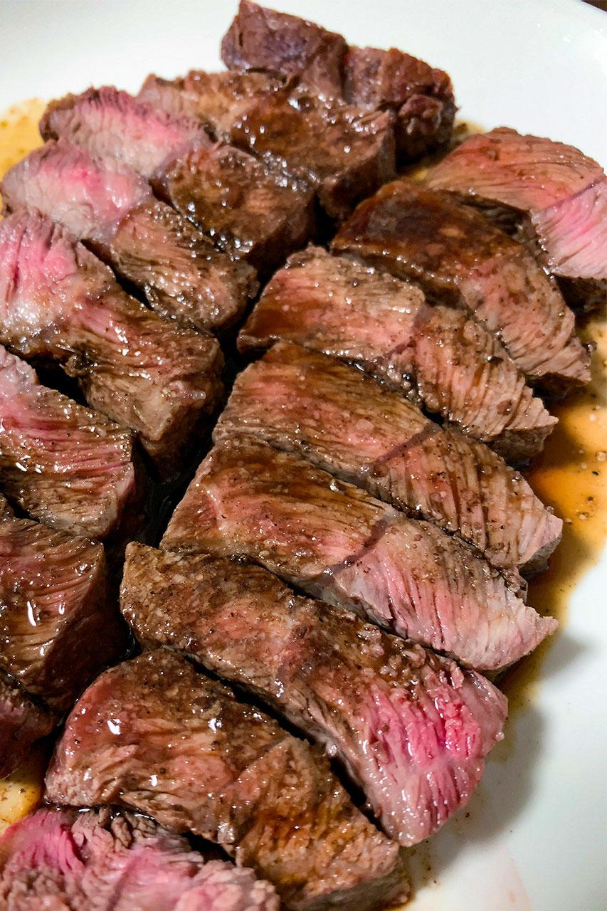 低音調理 牛肉ステーキ