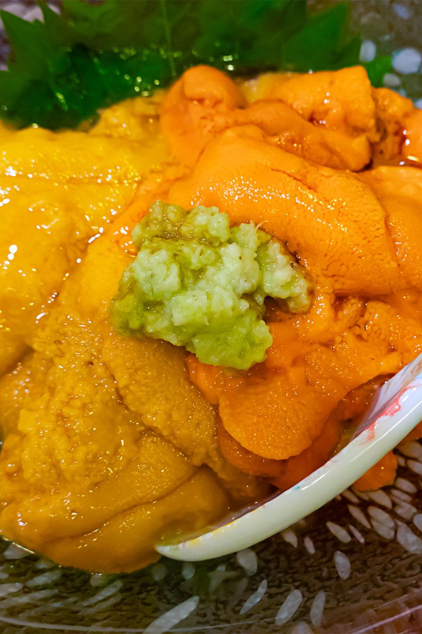 雲丹小鉢盛合せ食べ比べ エゾバフンウニとエゾムラサキウニ