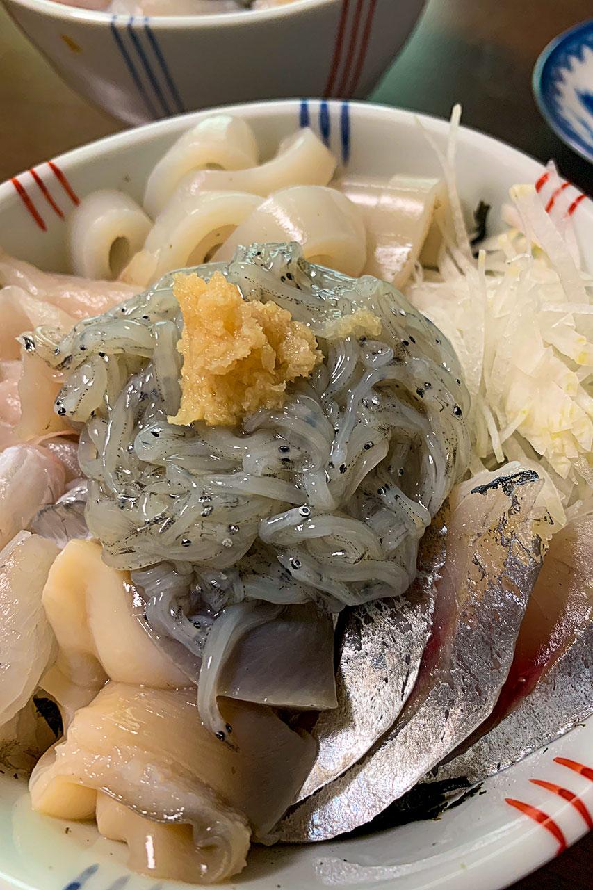 自家製海鮮丼