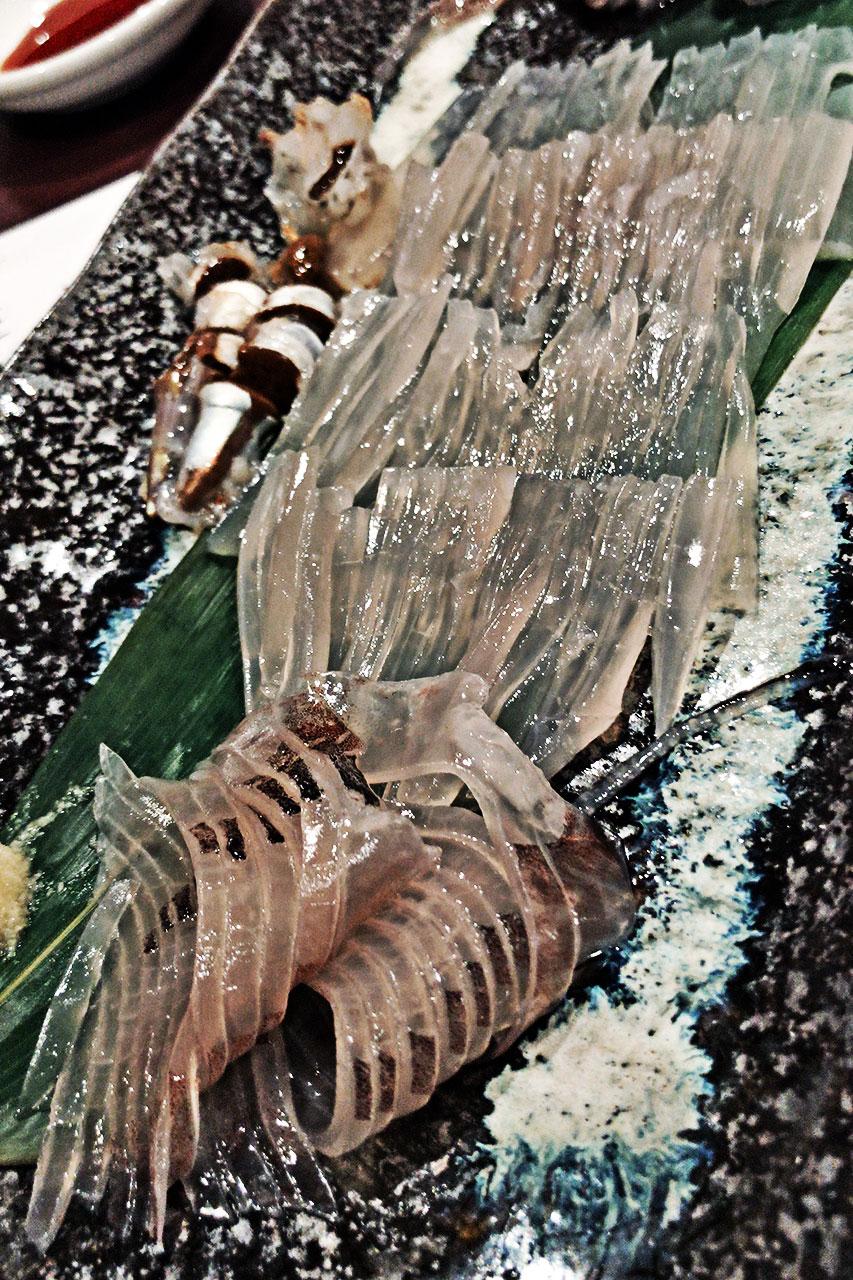 札幌ススキノ 開陽亭で活イカを