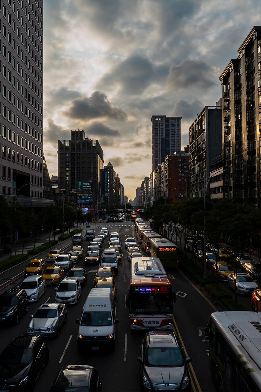 夕暮れの台北市街