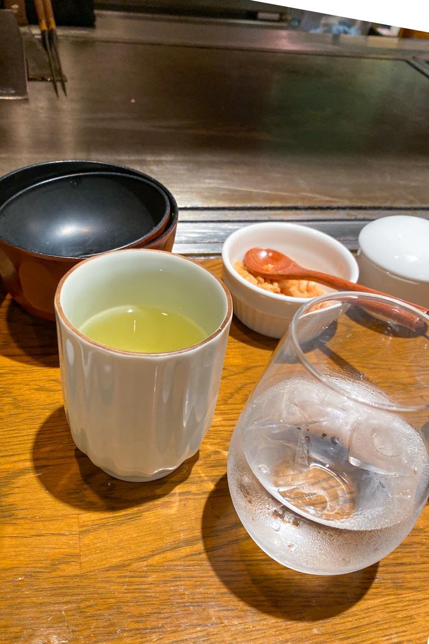 締めの緑茶