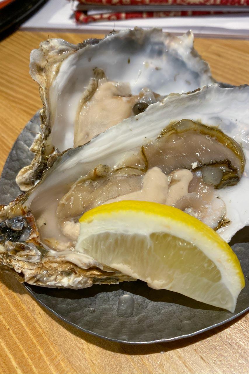 50円生牡蠣
